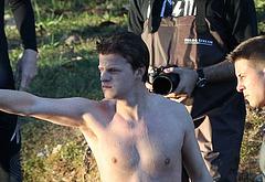Lucas Hedges nudity