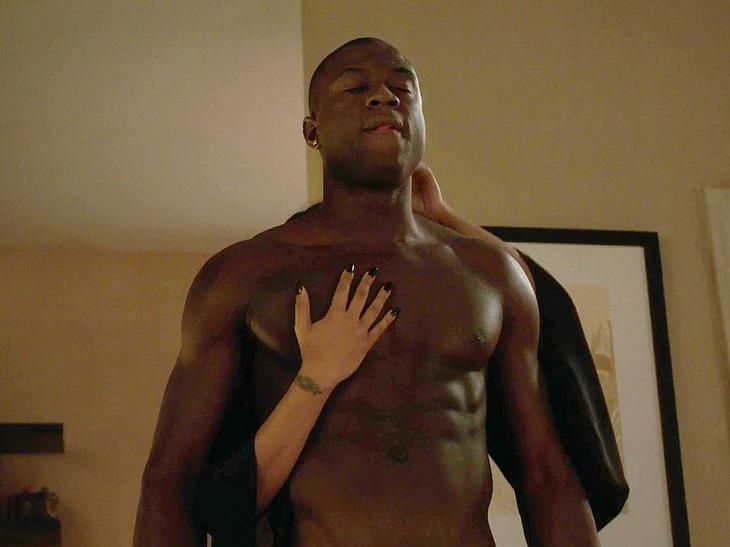 Sinqua Walls nudity movie scenes
