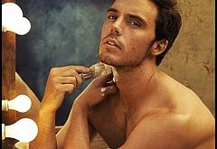 Sam Claflin nude photos