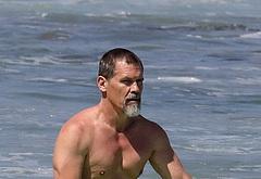 Josh Brolin shirtless