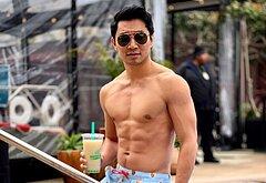 Simu Liu naked photos