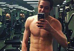 Pete Davidson nude selfie