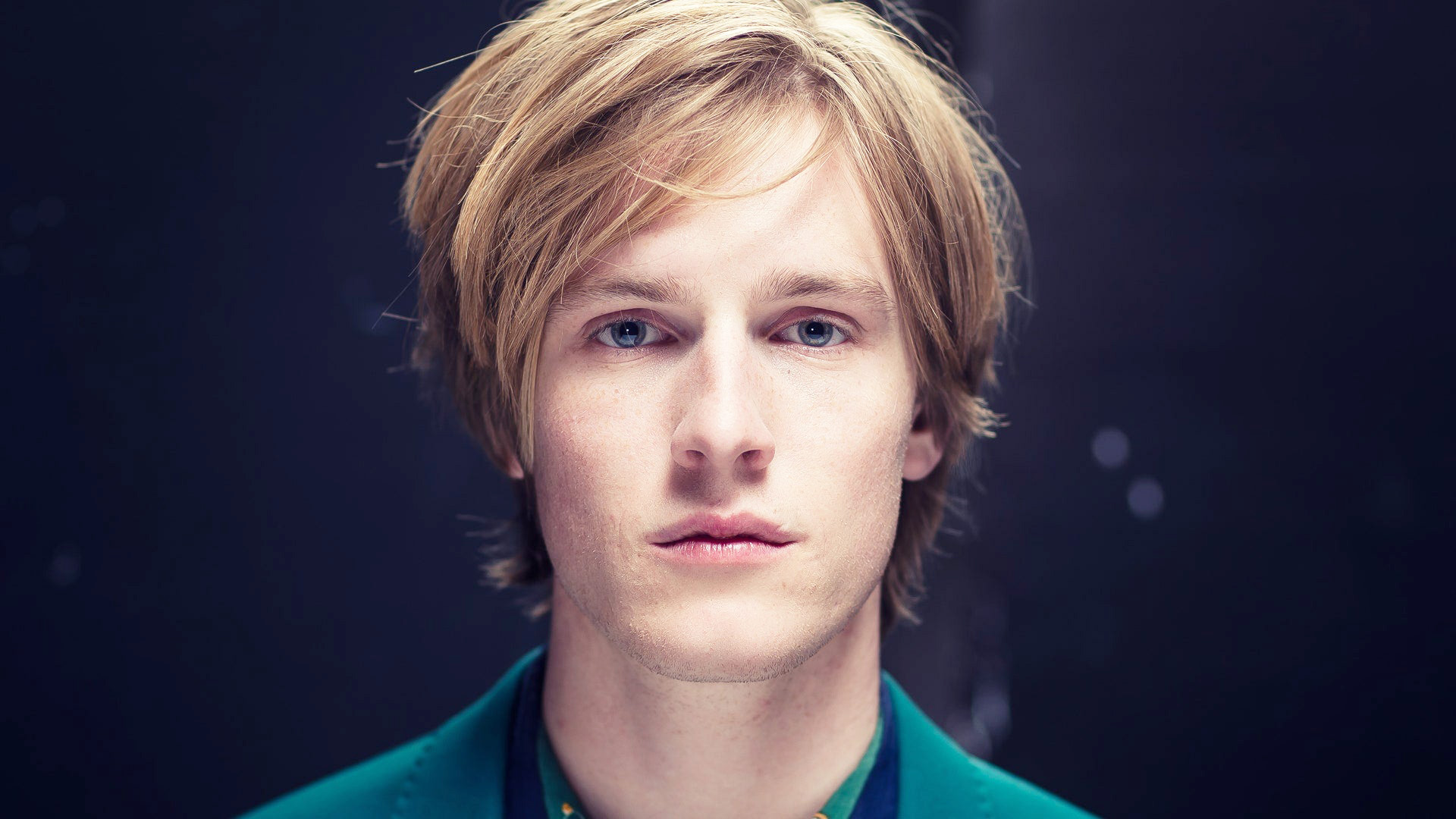 Louis Hofmann Nude Uncensored And Gay Sex Movies