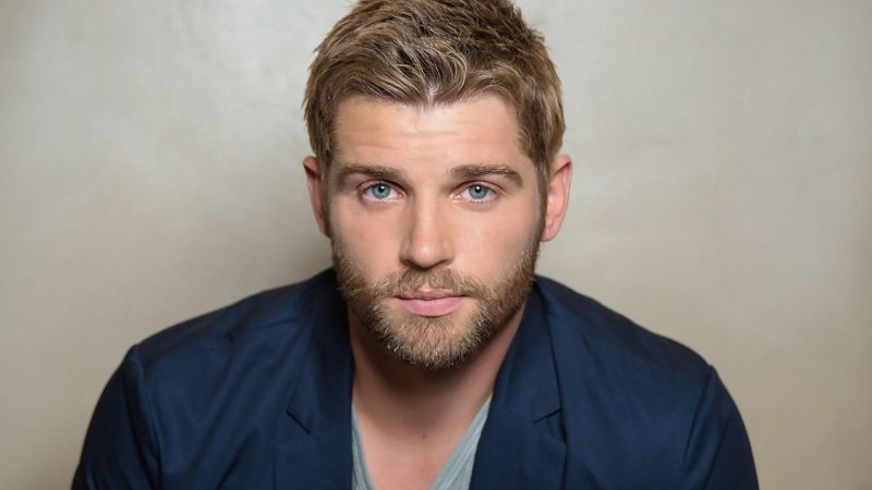 Mike Vogel Nude Sex Movie Scenes & Hot Photoshoots