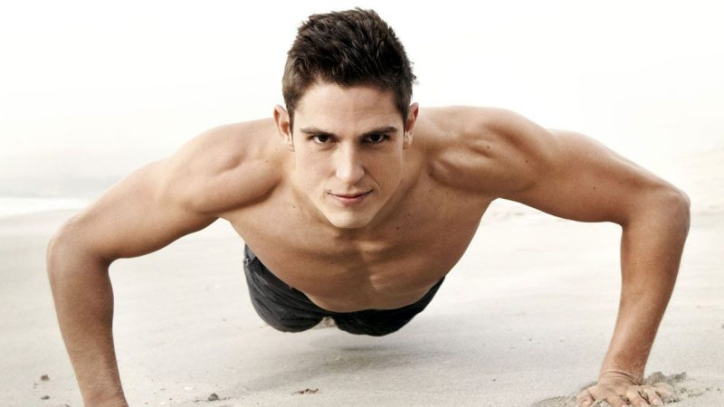 Sean Faris Nude In Movies & Hot Shirtless Photoshoots