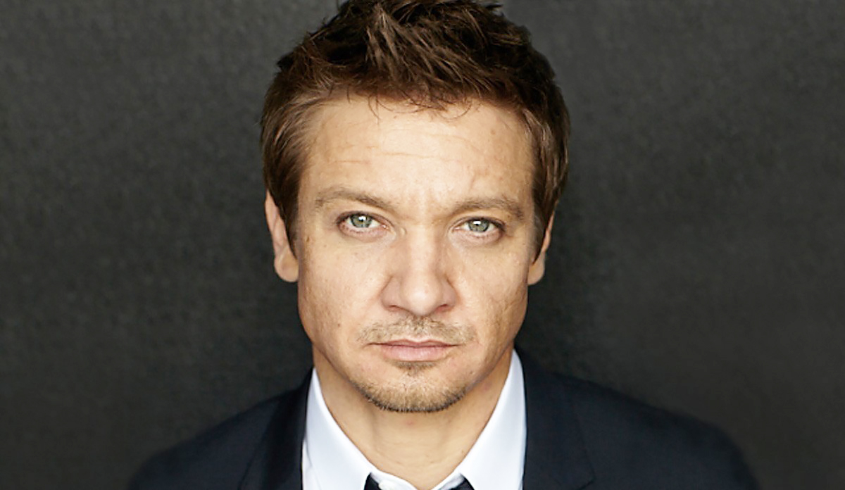 Jeremy Renner Gay Movie Scenes And Leaked Nude Photos