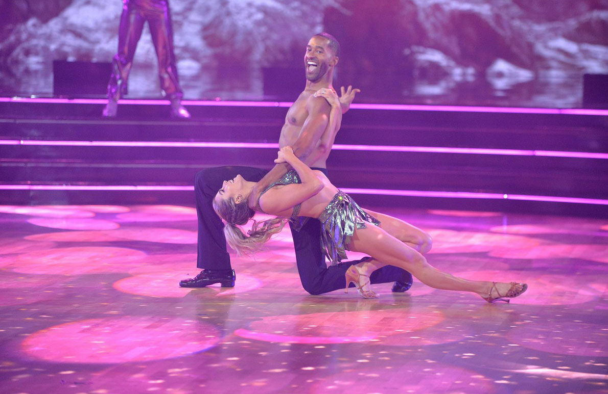 Matt James shows off his 6-pack abs in Dancing With the Stars